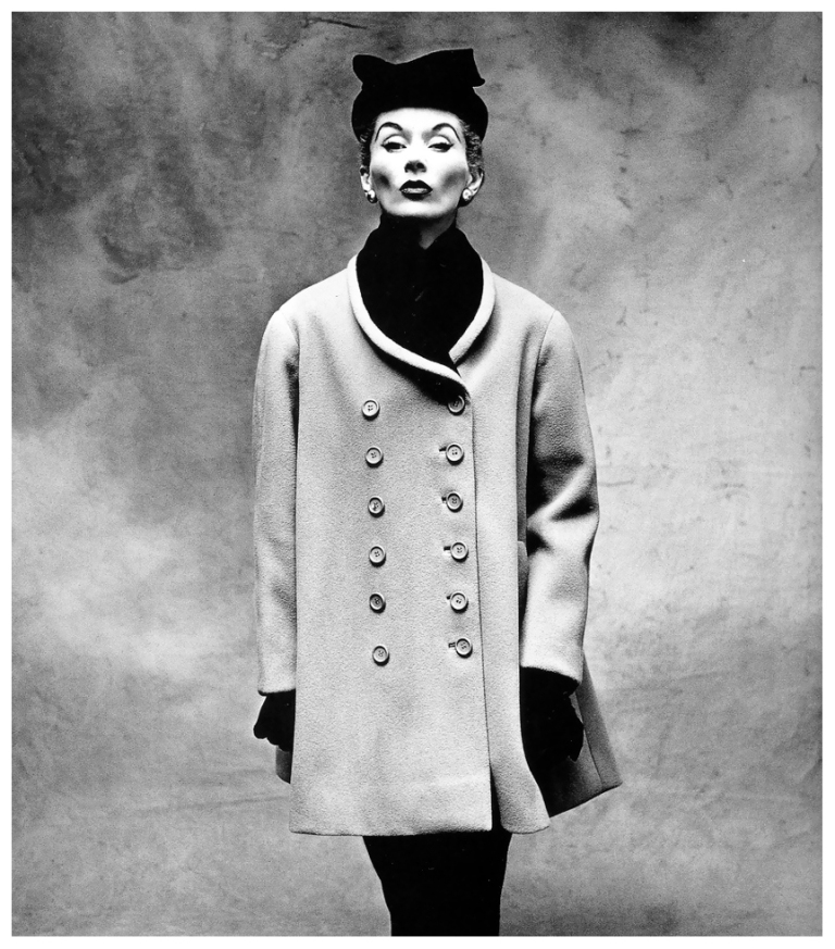 Lisa Fonssagrives wearing Balenciaga in Vogue, 1950.